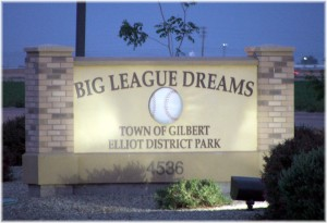 big-league-dreams-sign1
