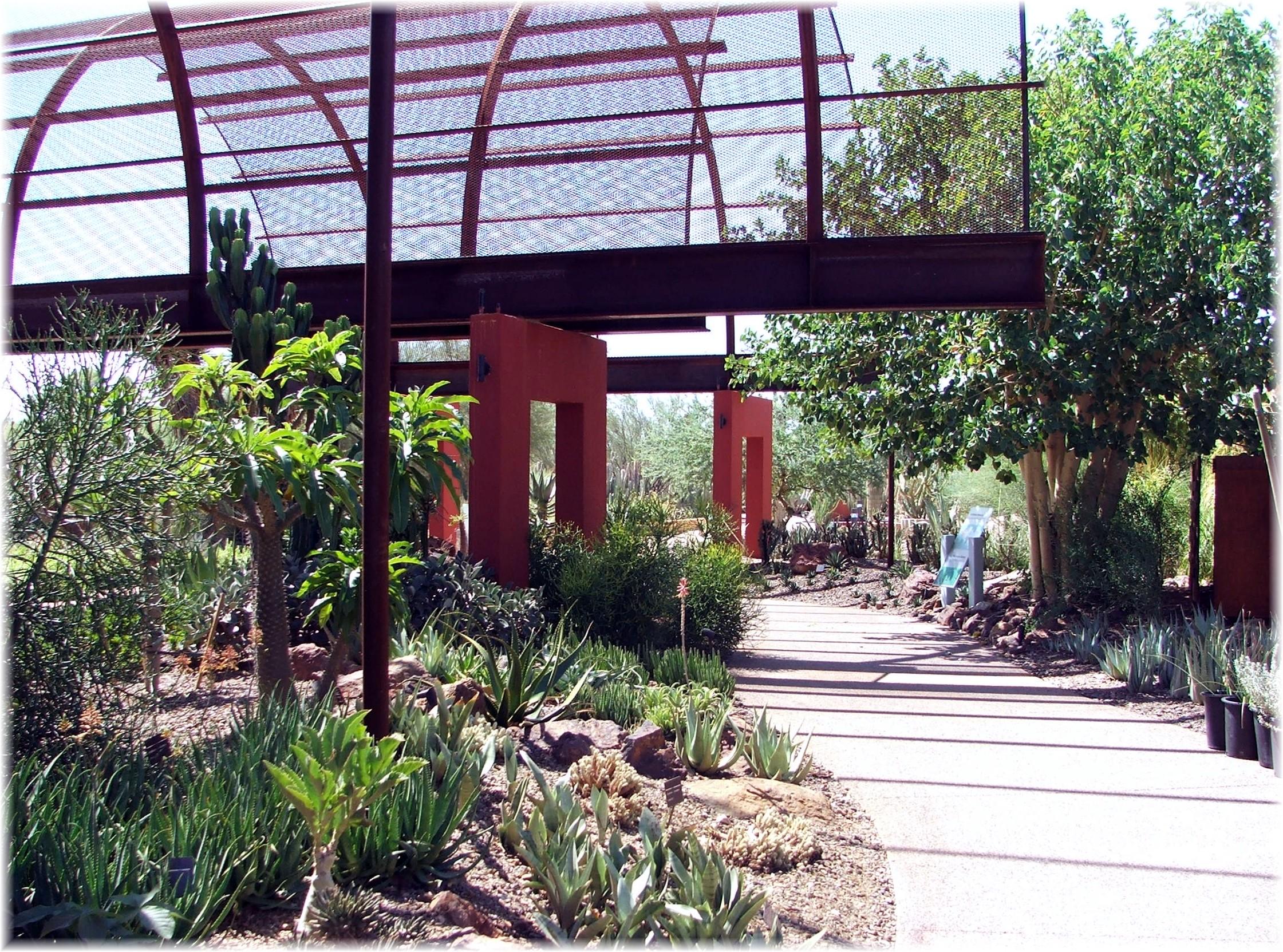 Phoenix Arizona Waterfront Homes Desert Botanical Garden 2