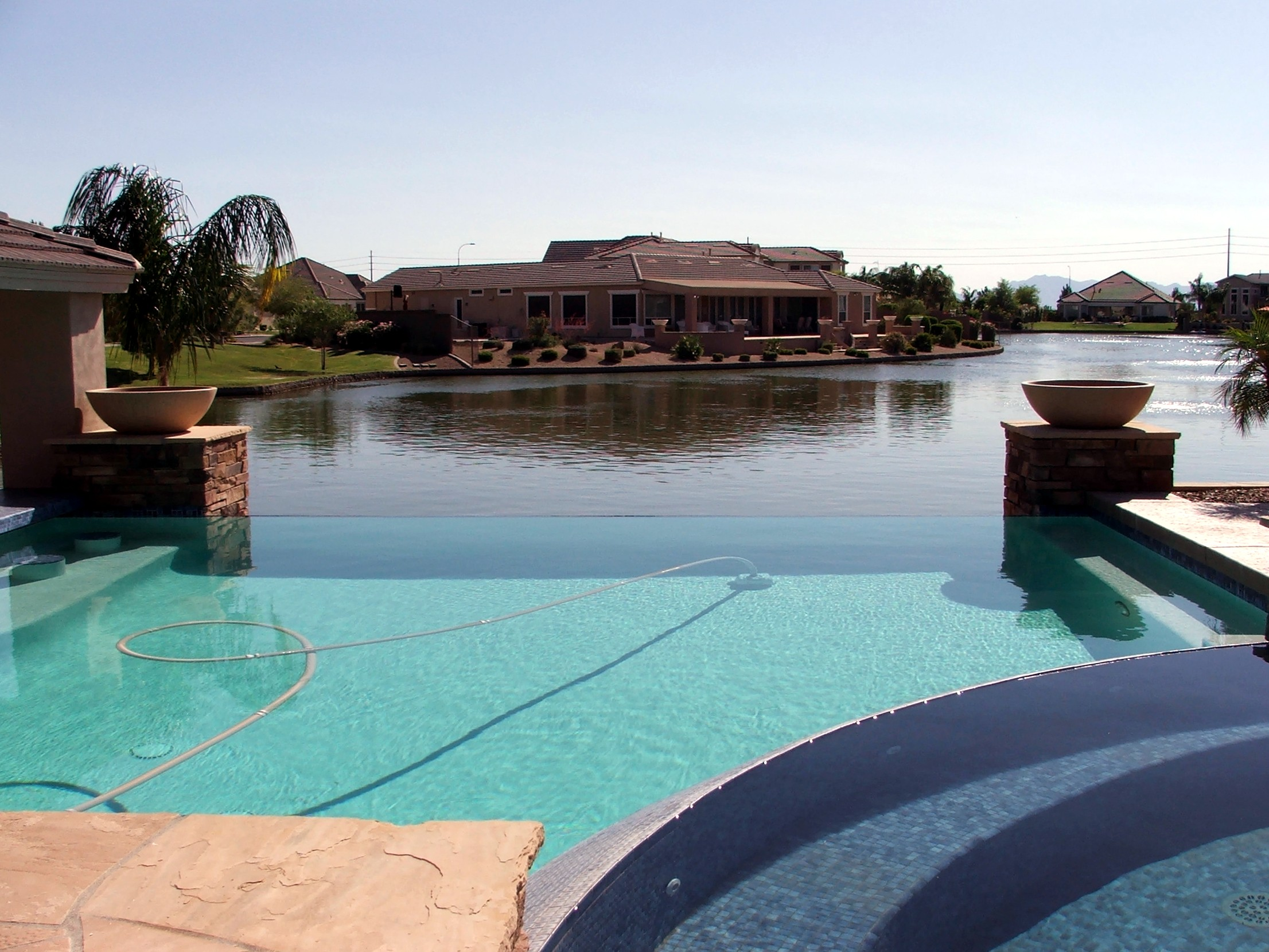 Phoenix arizona waterfront homes chandler az waterfront for Garden pool for sale