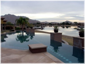 Santan House with neg edge pool